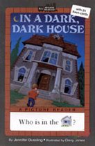 In a Dark, Dark House - All Aboard Reading Picture Readers (Paperback)