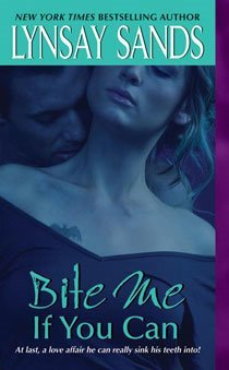Bite Me If You Can (Mass Market Paperback)