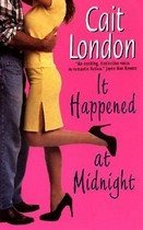 It Happened at Midnight (Mass Market Paperback)