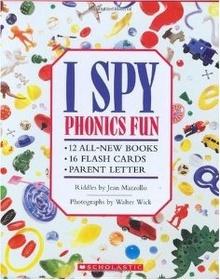 I Spy Phonics Fun Boxset (Paperback)