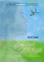 The Summer of the Swans (Paperback)