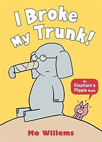 I Broke My Trunk! (Paperback)