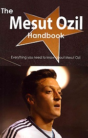The Mesut Ozil Handbook (Paperback)