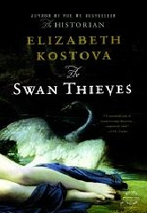 The Swan Thieves (Paperback)