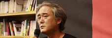 한국의 헤밍웨이 한창훈 작가의 깊고 짠 사랑 이야기