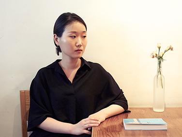 여름과 청춘 사이, 소설가 박솔뫼의 뜨거운 질문