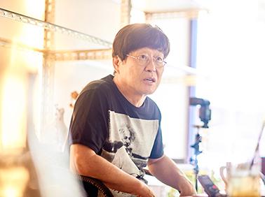"""영원한 청년 김창완 """"청춘의 반항은 세상 바꾸는 힘"""""""