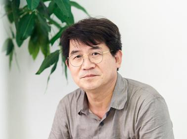"""성석제 """"소설은 불순해야 한다…독자 들어갈 틈 있어~"""