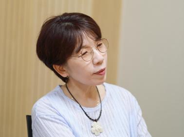 """소설가 임선경 """"'괜찮다'고 독자들이 등장인물 쓰~"""