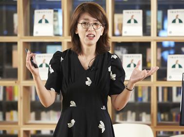 """어린이 책 전문가 한미화 """"초등 저학년, 책이 재밌다~"""
