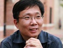교수 <김두식>의 서가