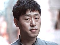 소설가 <김중혁>의 서가