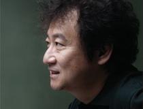 소설가 <김진명>의 서가
