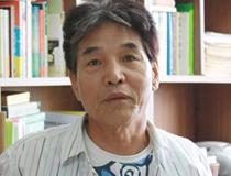 소설가 <박범신>의 서가
