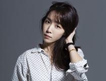 작사가 <김이나>의 서가